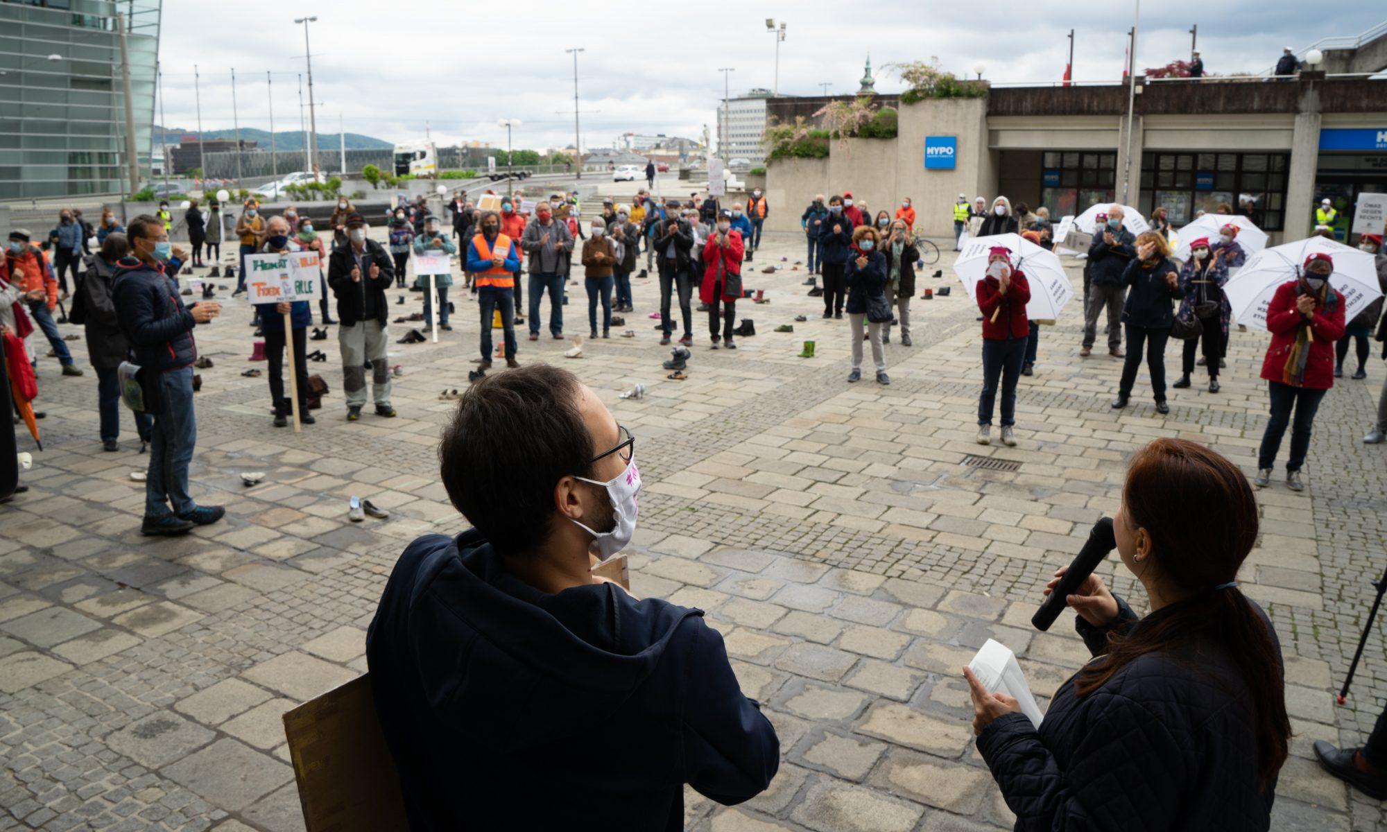 Umbrella March Linz - Plattform Solidarität