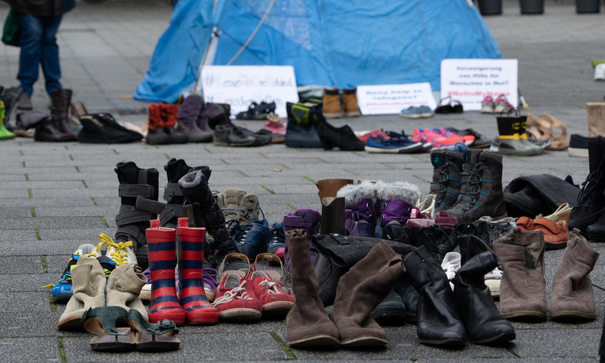 Umbrella March Linz - Internationaler Tag des Flüchtlings